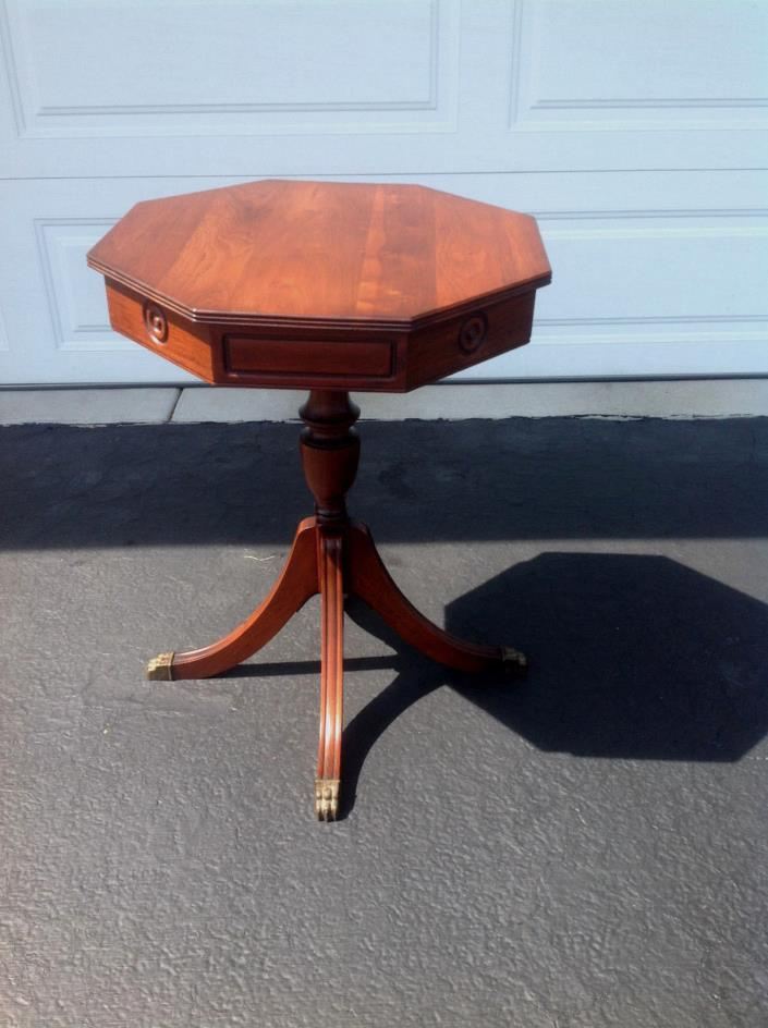 BEAUTIFUL ANTIQUE WALNUT? ACCENT TABLE WITH BRASS CLAWFOOT LEGS OCTAGON