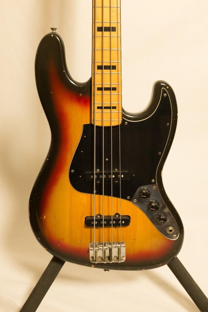 1973 Fender Jazz Bass - Three Tone Sunburst - RARE & VINTAGE - EXCELLENT!!