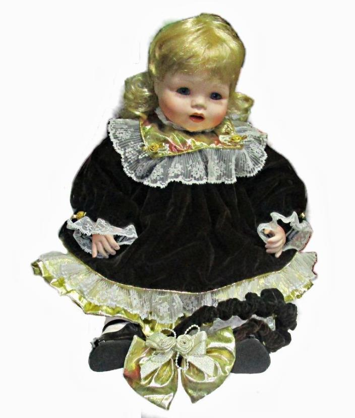 Marie Osmond Angelica's First Christmas Porcelain big Toddler Doll 23