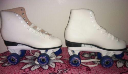 Roller Skates Women's size 10/L white Roller Derby/Derby Star