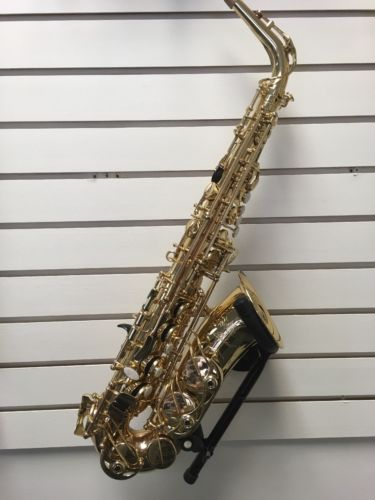 Selmer Soloist Alto Saxophone w/ case DEMO/DISPLAY model