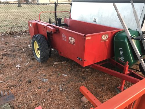 Mill Creek Model 50 Manure Spreader Ground Driven 44 cubic ft capacity