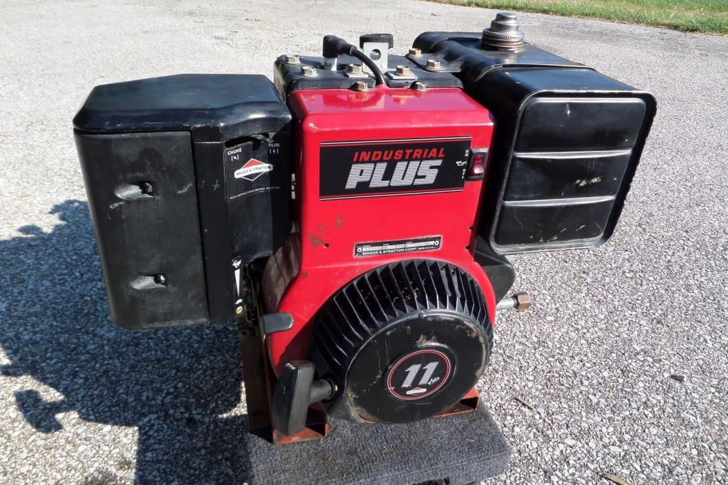 Briggs and Stratton Horizontal 11hp  Indiana lawn garden tractor blower engine
