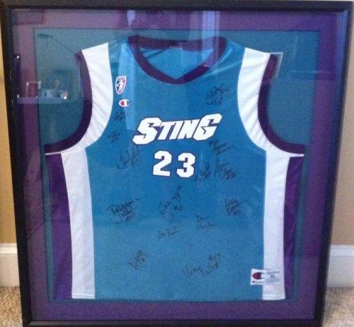1999 WNBA TEAM & COACH Framed Autographed #32 Andrea Stinson Jersey Teal