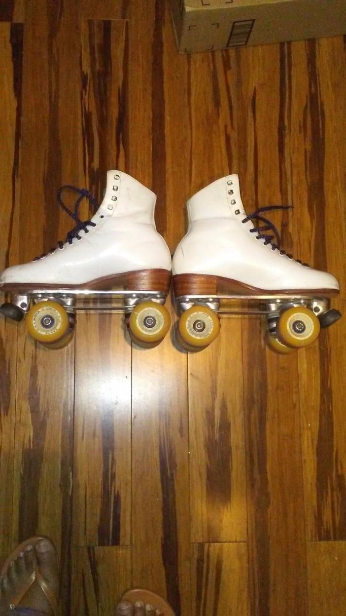 Women's Artistic Riedell Roller Skates, Size 8, Leather Boots & Classic Plates