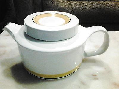 Arabia Finland Faenza mid century teapot. white/yellow