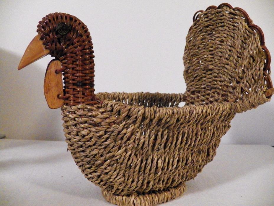 Vintage Wicker Turkey Basket