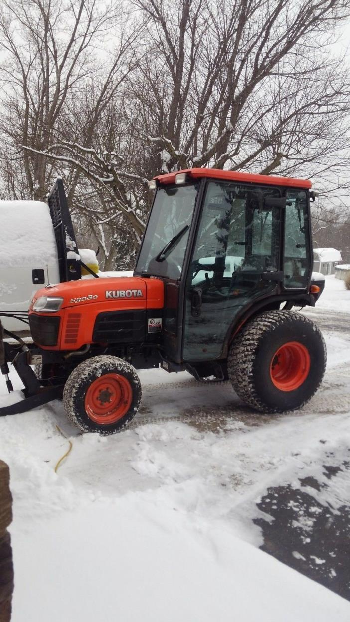 kubota tractor 4x4 with cab heat and air