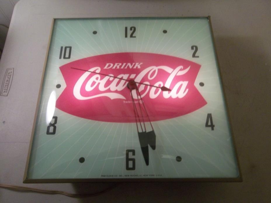 Vintage Pam Clock     Coca cola