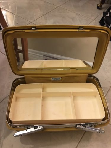 Vintage Samsonite Saturn II Train Gold Makeup Case Tray with Mirror No Key