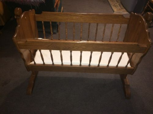 Vintage Amish Made Swinging Cradle Baby Bed Crib Bassinet With Pad Sanitized