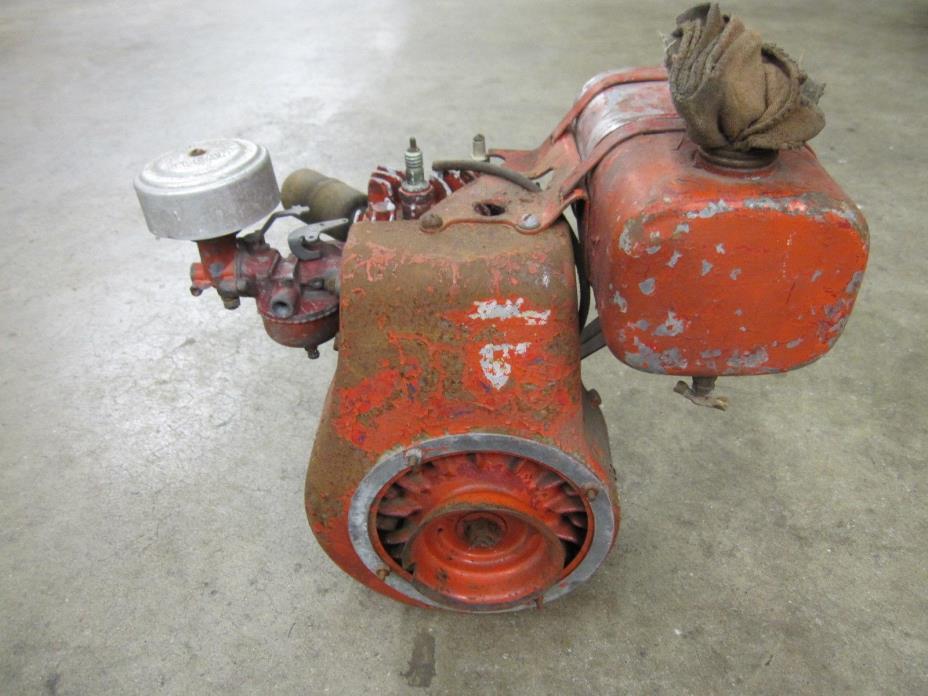 Vintage Clinton Engine Model 900 ? 3 1/4 HP Stationary Engine Mini Bike Go Kart