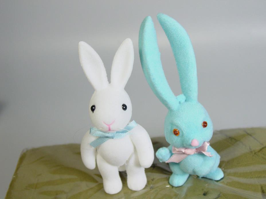 Flocked Easter Bunny Rabbit figures Basket decoration wreath cupcake VTG