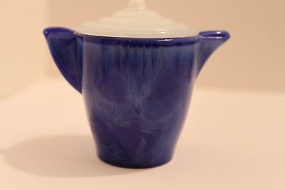 AKRO AGATE SMALL CHILDS COBALT BLUE INTERIOR PANEL TEAPOT WITH WHITE LID