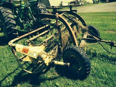 1985 New Holland 256 Rakes & Tedders