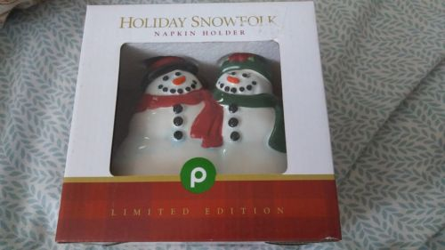 PUBLIX Supermarkets HOLIDAY SNOWFOLK NAPKIN HOLDER  c.2016 New in Box