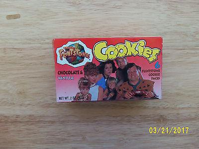 FLINTSTONES   BOX OF COOKIES 6 FLINTSTONE COOKIE FACES