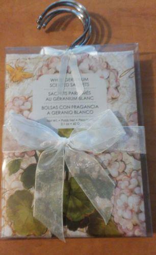 Scented Sachet Set of 3 on Hangers White Geranium
