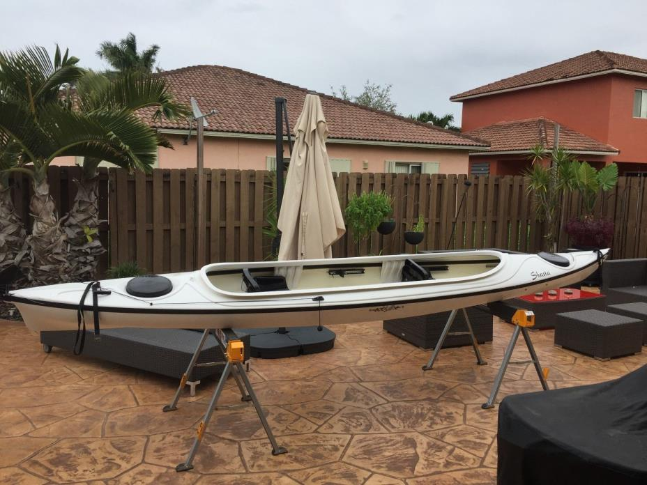 Tandem Kayak. Shasta by Eddyline, in excellent condition with paddles.