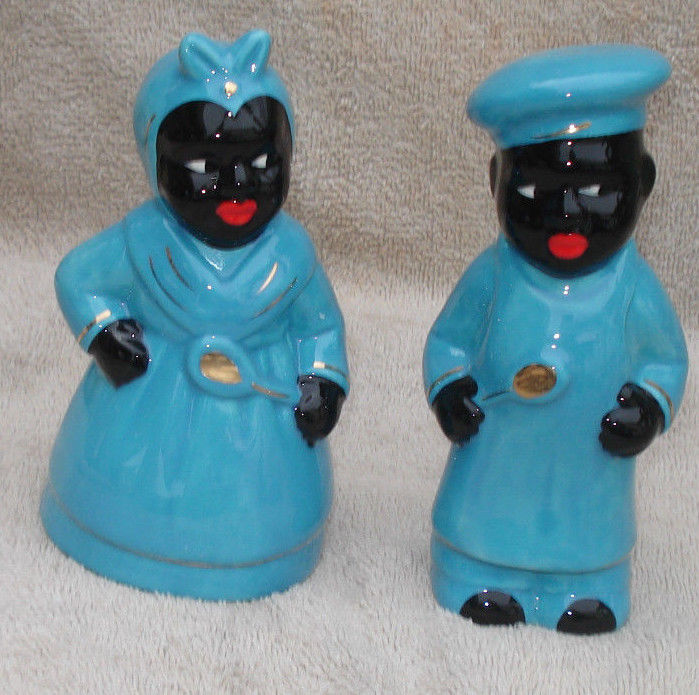 BLUE PORCELAIN BLACK AMERICANA  AUNT JEMIMA SALT & PEPPER SET 5.5'' TALL