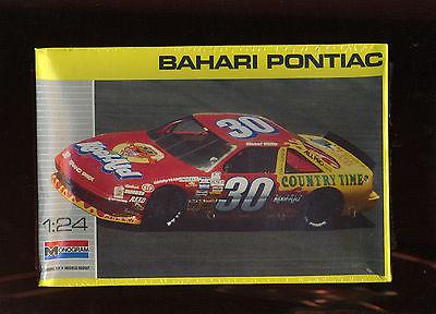 Waltrip Bahari Pontiac Grand Prix Kool-aid #30 Monogram 1:24 1990 #2932
