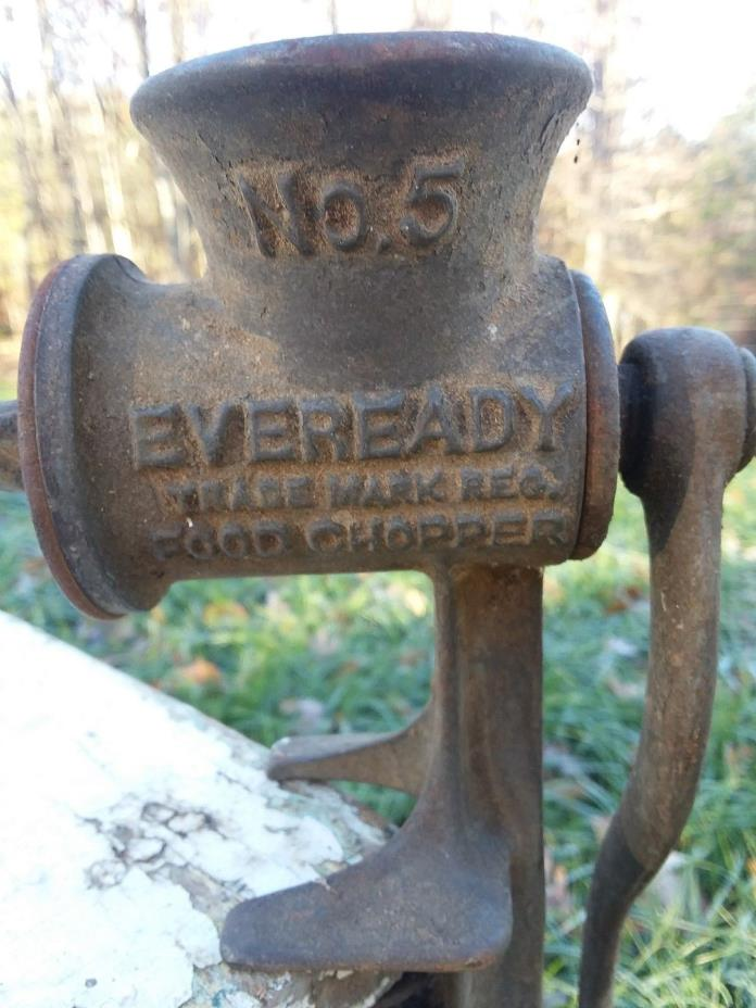 ANTIQUE CAST IRON  EVEREADY No. 5 Food Chopper Meat Grinder Table Top Vice Grip