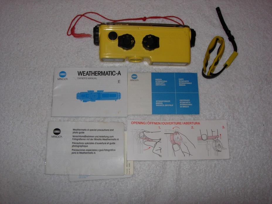 MINOLTA Weathermatic Underwater 110 Film Camera Scuba /Snorkeling Waterproof
