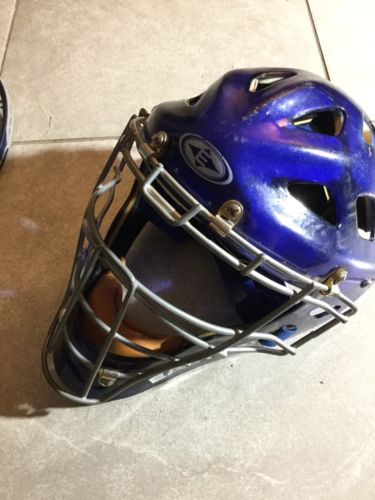 Easton Stealth baseball softball catchers gear hockey style helmet Size Large