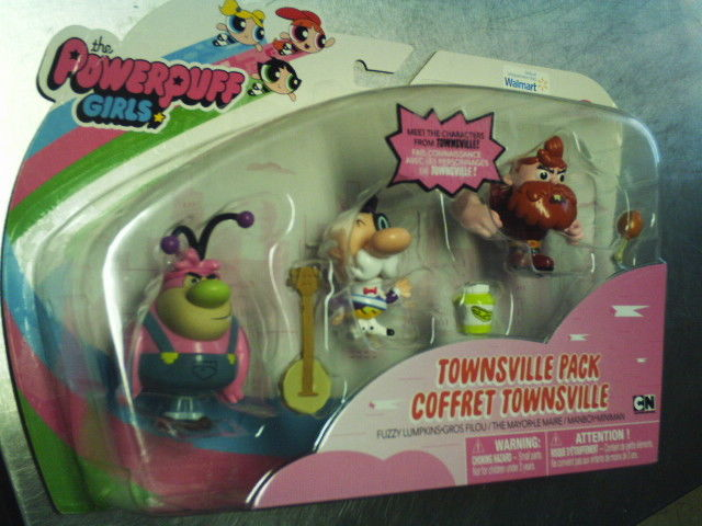 THE POWERPUFF GIRLS~TOWNSVILLE PACK~COFFRET~NIP~FUZZY~MANBOY~THE MAYOR~AGES 4-UP