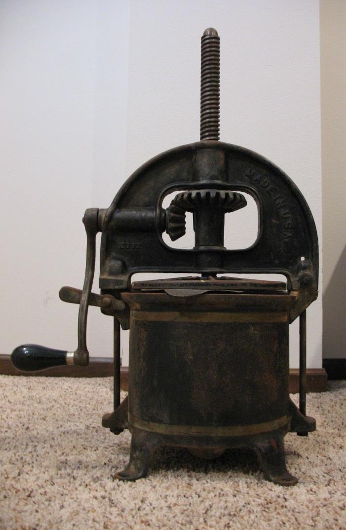Antique Cast-Iron ENTERPRISE MFG CO Phila Fruit-Lard-Wine-Sausage PRESS STUFFER