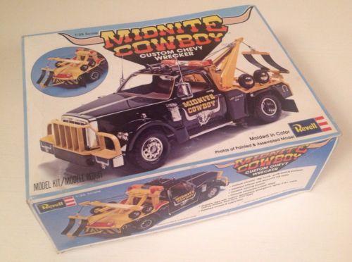 Revell/Monogram Midnite Cowboy Custom Chevy Wrecker Model Kit 1/25-Tow Truck,Wow