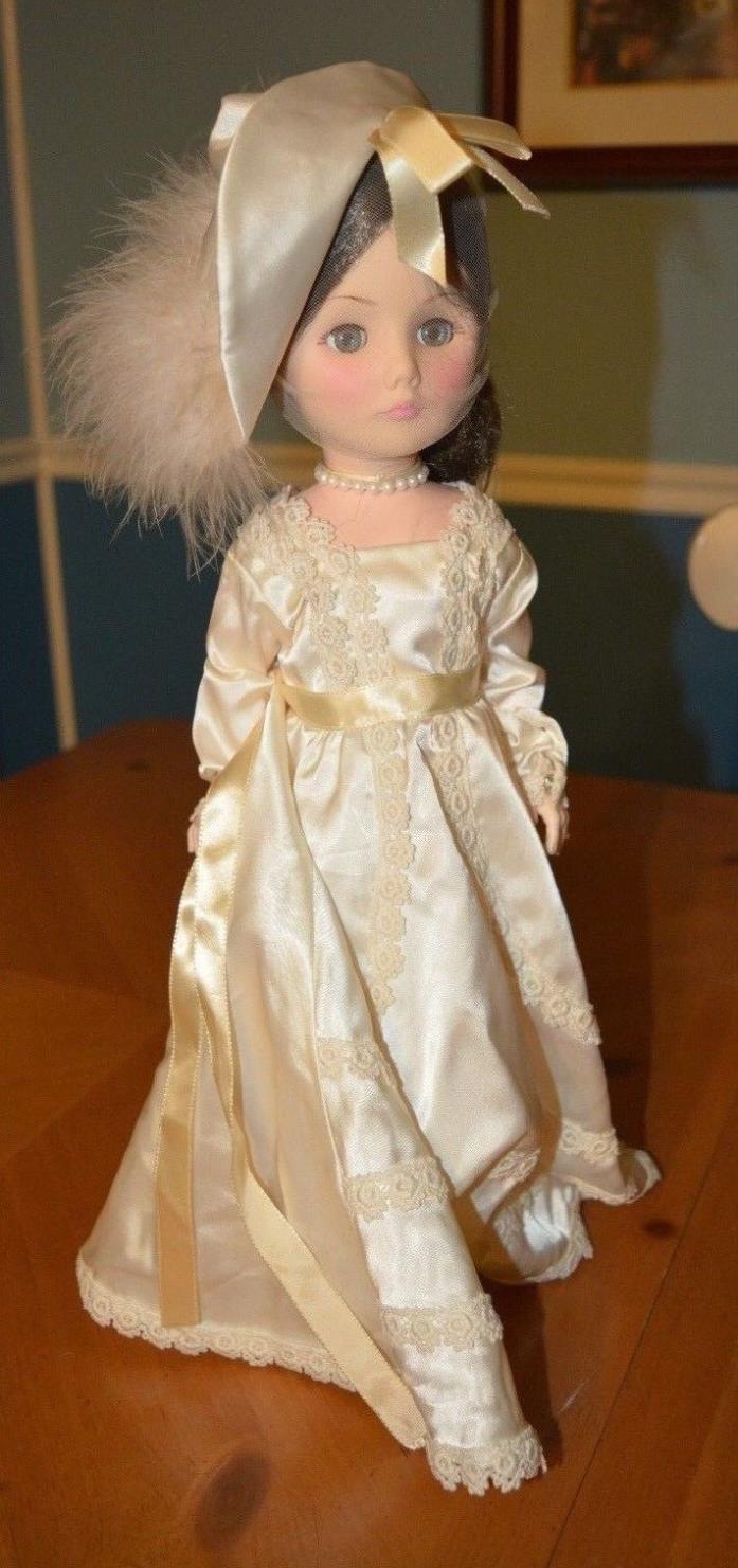 EFFANBEE BEAUTIFUL BRIDE DOLL CREME COLORED WEDDING DRESS HAT STYLE VEIL