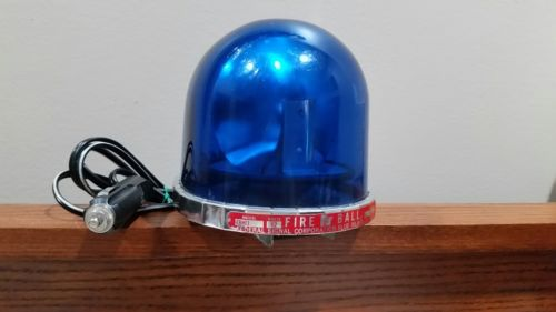 FEDERAL SIGNAL FIREBALL TEARDROP VINTAGE BLUE KOJAK LIGHT 12v FIREFIGHTER POLICE