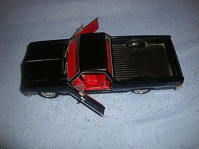 Maisto 1965 Chevrolet El Camino 1:25 scale Diecast Model Car Black