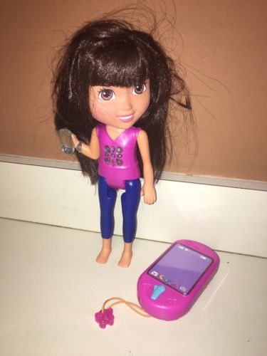 Interactive Dora The Explorer Doll With Talking Light Up Cell phone