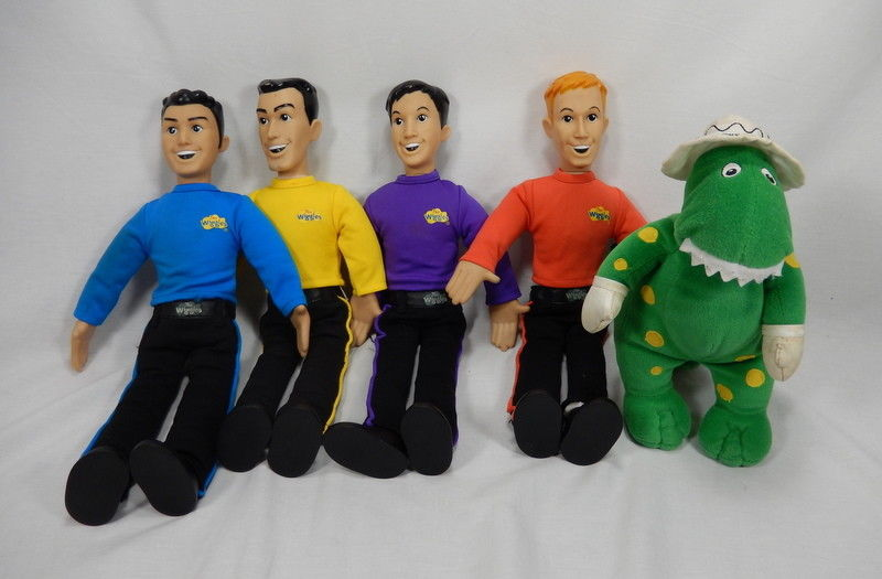 The Wiggles Talking Singing Dolls by Spin Master + Dorothy Dinosaur