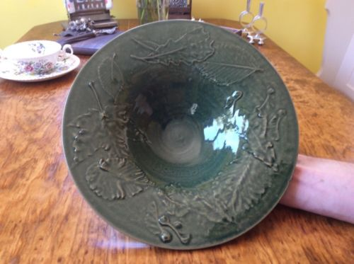 ROWE POTTERY WORKS GREEN Avignon Collection Leaf Leaves Bird Bath Bowl Dish 1995