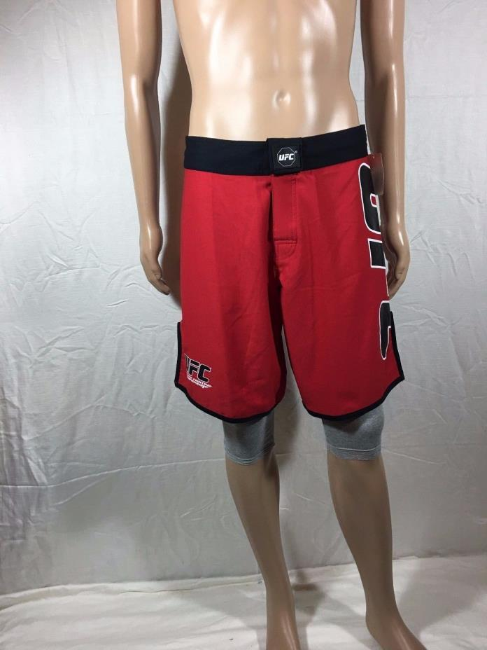 Mens UFC MMA Submission Shorts Size 32