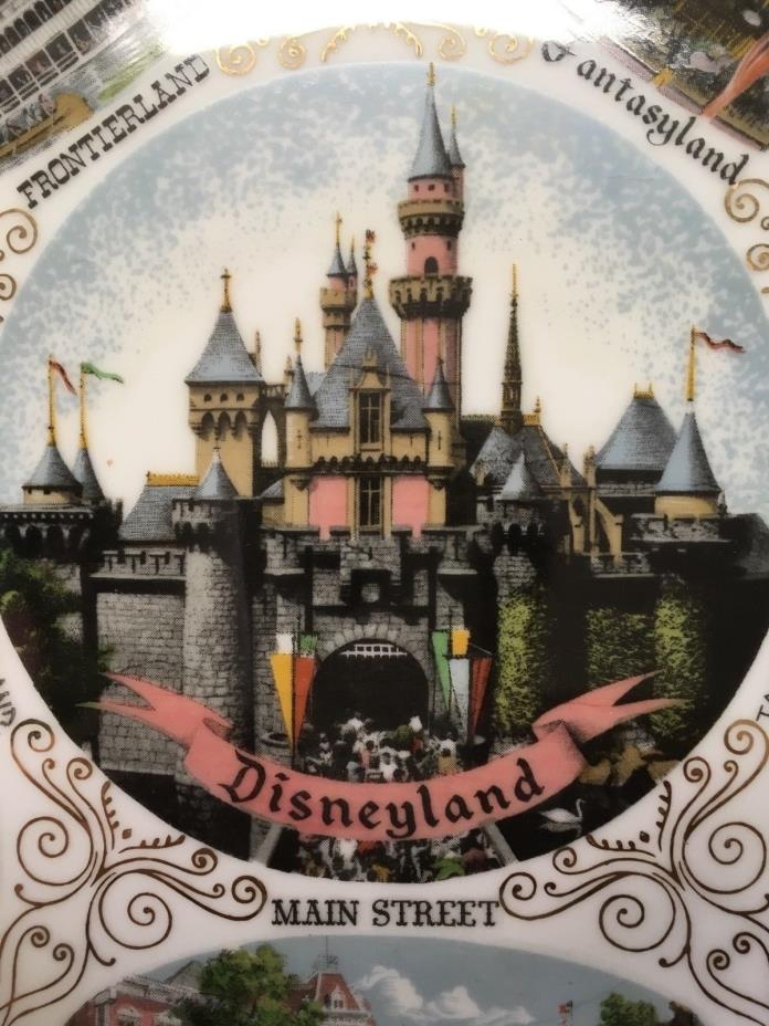 VINTAGE DISNEYLAND SOUVENIR PLATE  1950'5-60's HOME of  MICKEY MOUSE DONALD DUCK