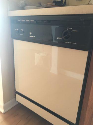 GE Built-in Dishwasher GSD650T-55BA