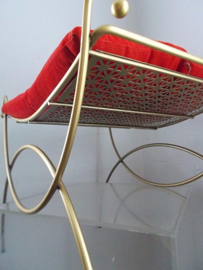 Vtg Mid Century Curvy Hollywood Regency Italian Gold Metal Vanity Chair Stool