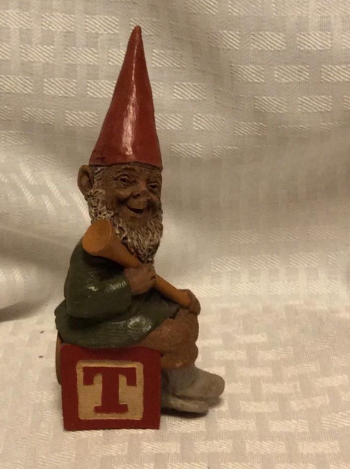 "Cairn Studio Tom Clark Gnome ALPHABET T GOLF TEE Collectible 4.5"""