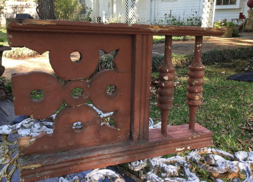 ANTIQUE RAILING 2 BALUSTERS 1800s ARCHITECTURAL SALVAGE Shabby VICTORIAN 21