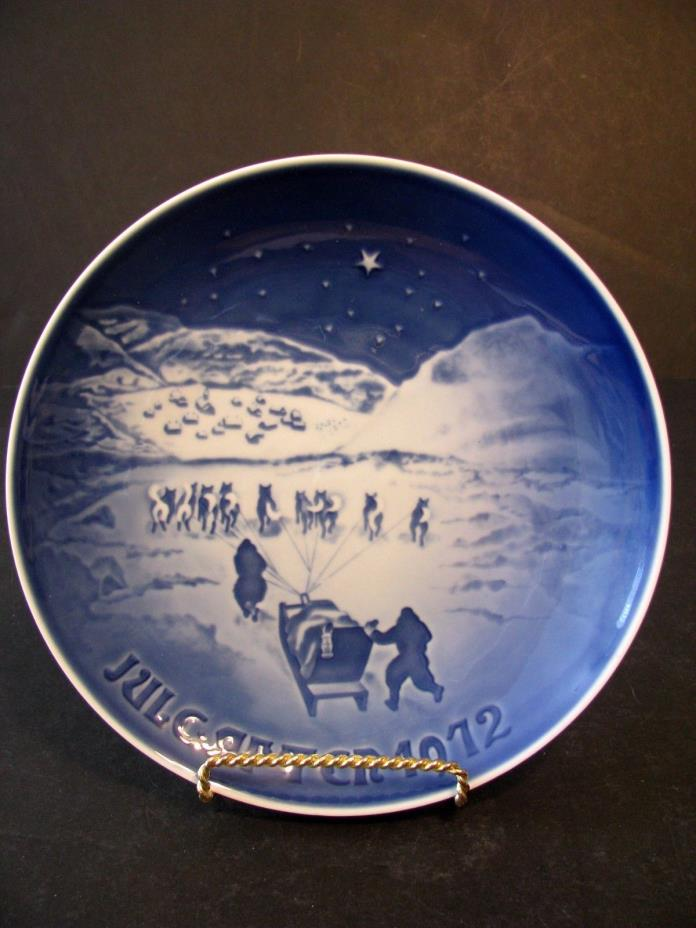 Bing and Grondahl Christmas In Greenland Decorator Plate Denmark 1972