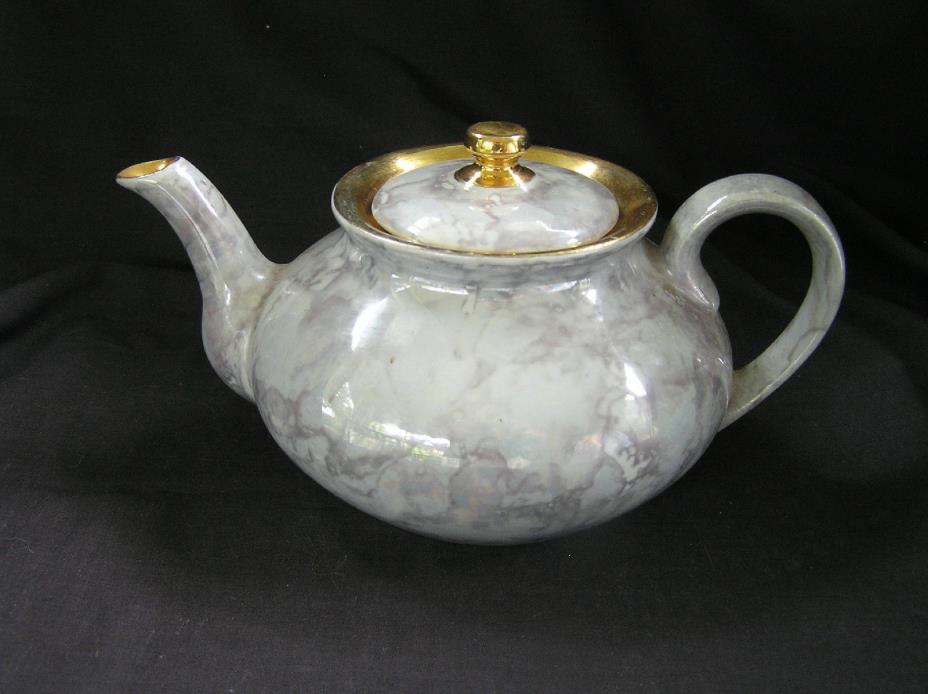 Arabia of Finland Luster & Gold Teapot, NICE!