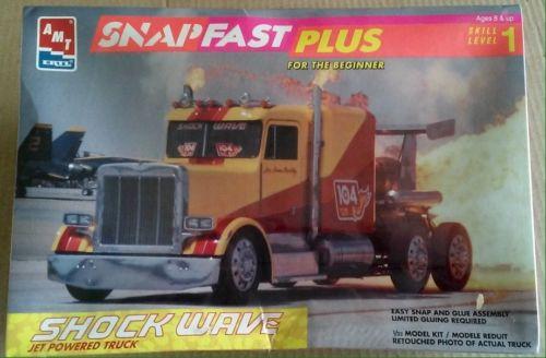 AMT Ertl #8267 1/32 SHOCKWAVE Jet Powered Truck