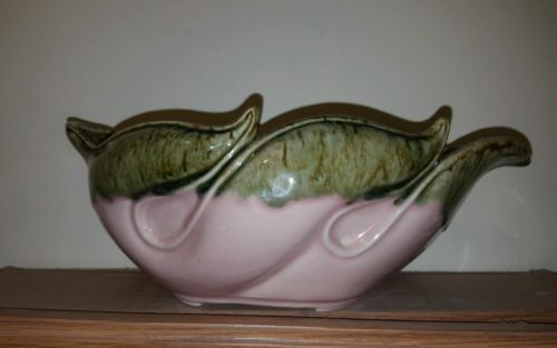 Hull? Pottery Pink Green Rolled Leaf Dish USA