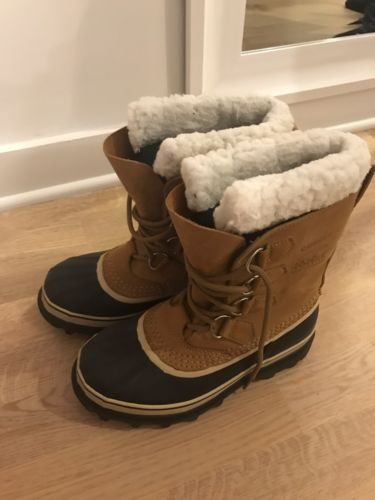 Sorel Caribou Women's Cold Weather Boot Size 7