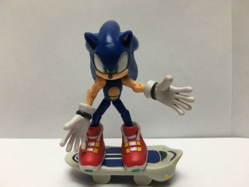 Sonic The Hedgehog With Skateboard Toy