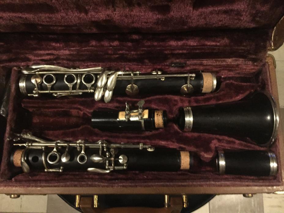 Vintage Bb wood Clarinet
